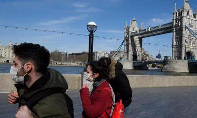 В Англии становится обязательным ношение масок в магазинах - Фото