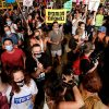 Израильтяне протестуют против политики правительства во время карантина - Фото