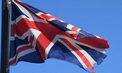 Британия ввела двухнедельный карантин для приезжающих из Испании - Фото