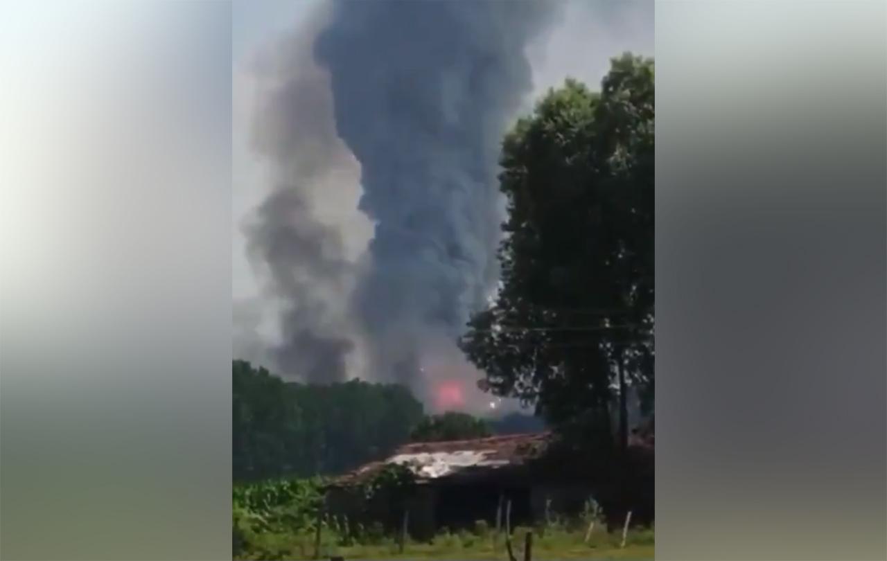На фабрике фейерверков в Турции произошло несколько взрывов - Фото