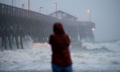 """В США четыре человека стали жертвами тропического шторма """"Исаиас"""" - Фото"""