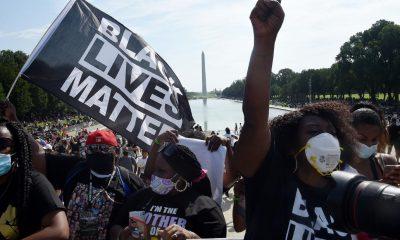 В Вашингтоне тысячи людей вышли на протест против расизма - Фото