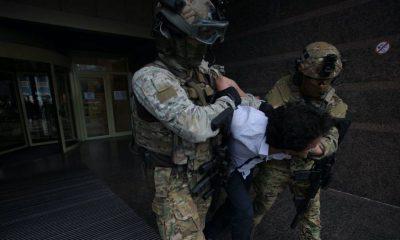 Спецназ задержал мужчину, захватившего банк в центре Киева - Фото
