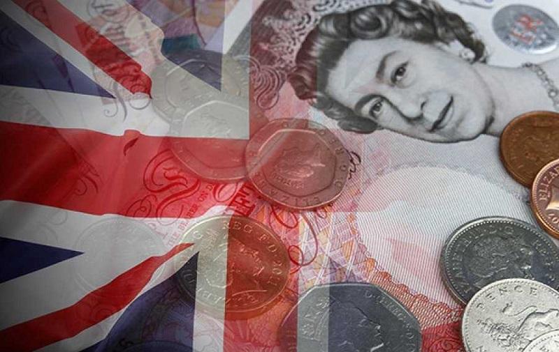 СМИ узнали о планах рекордного за десятилетия повышения налогов в Великобритании - Фото