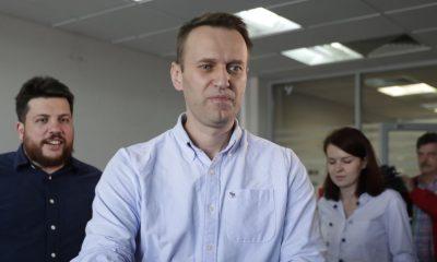 Команда Навального отложила воскресную пресс-конференцию - Фото