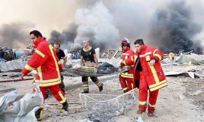 Спасатели продолжают поиски пропавших без вести после взрыва в Бейруте - Фото
