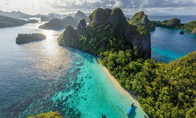 Индонезия не будет принимать иностранных туристов до конца 2020 года - Фото