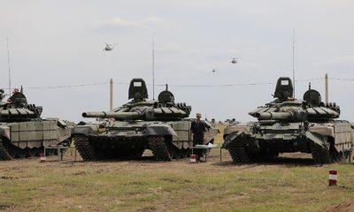 Российские военные провели учения в Армении - Фото