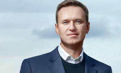 Навального экстренно госпитализировали в Омске c отравлением - Фото