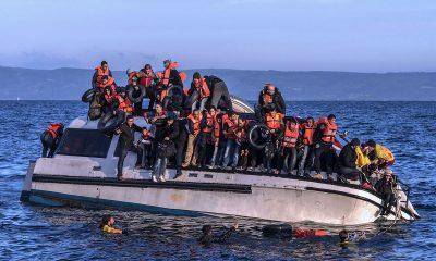 Британия призвала Францию занять более жесткую позицию в отношении мигрантов в Ла-Манше - Фото