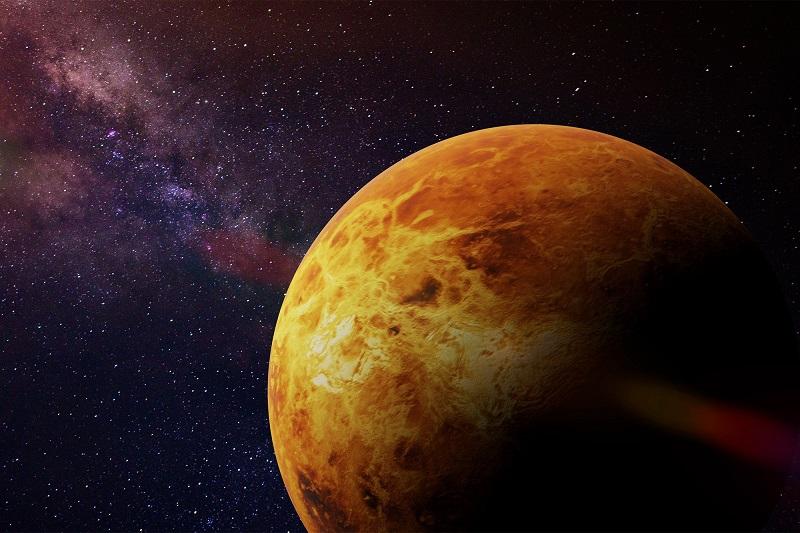 Рогозин сообщил о планах отправить миссию на Венеру - Фото