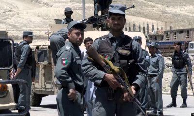 В Афганистане десять полицейских погибли после столкновений с талибами - Фото
