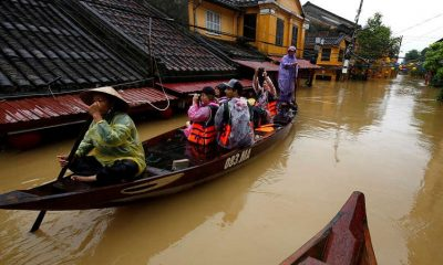 Во Вьетнаме от наводнения погибли 18 человек - Фото