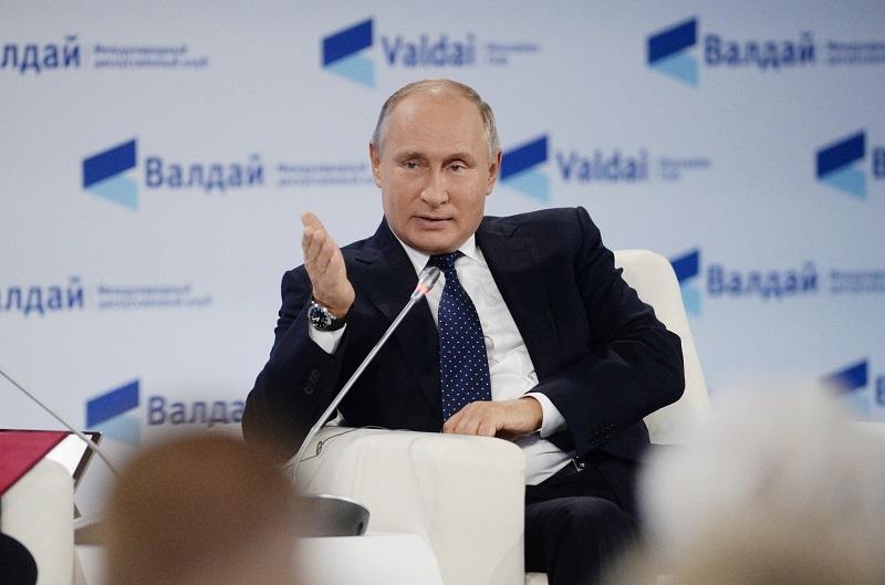 Путин объяснил действия Лукашенко во время пандемии COVID-19 - Фото