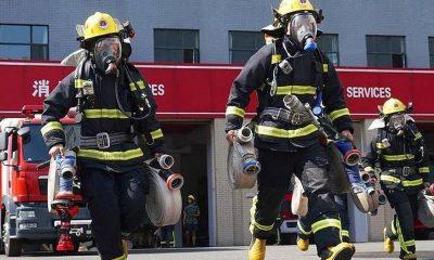 13 человек погибли в Китае в результате пожара в выставочном зале - Фото