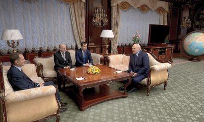 Лукашенко поблагодарил Нарышкина за предоставление информации от СВР РФ - Фото