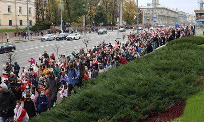 Более 370 человек было задержано на акциях протеста в Беларуси 26 октября - Фото