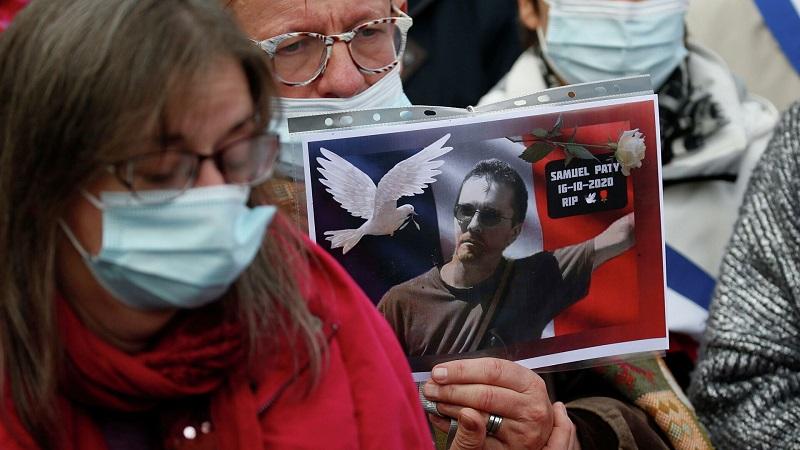 Во Франции закроют мечеть за публикацию видео с критикой убитого учителя - Фото