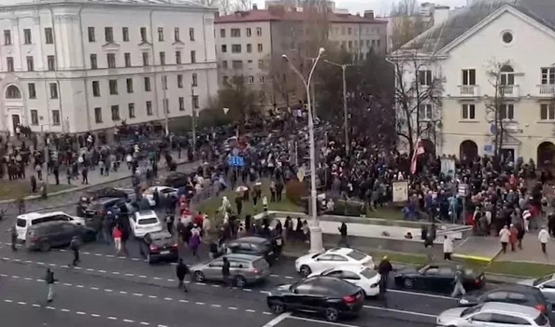 В ГУВД сообщили о задержаниях во время акции протеста в Минске - Фото
