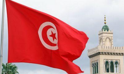 Тунис открывает сухопутную границу с Ливией - Фото