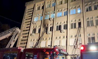 В Румынии при пожаре в больнице для лечения больных коронавирусом погибли 10 человек - Фото