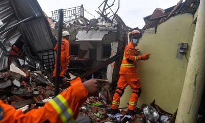Число погибших в результате землетрясения в Индонезии достигло 78 человек - Фото