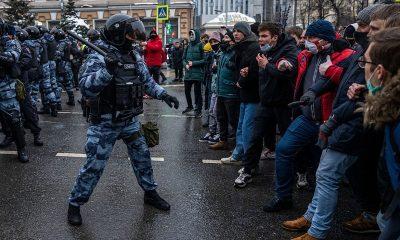 В Москве 23 января более 1000 человек задержали за участие в несогласованном митинге - Фото