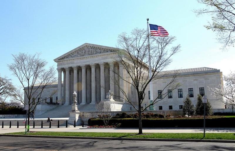 Верховный суд США получил сообщение о бомбе перед инаугурацией Джо Байдена - Фото