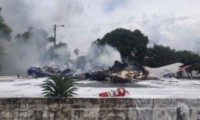 Семь человек погибли при крушении самолета ВВС Парагвая - Фото