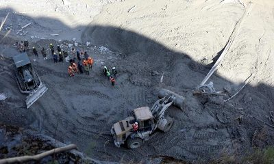 Число погибших при сходе ледника в индийском Уттаракханде выросло до 62 - Фото