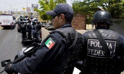 В Мексике 12 полицейских были арестованы по подозрению в убийстве 19 человек - Фото