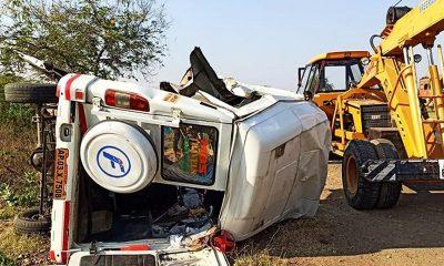 В Индии при столкновении автобуса и грузовика погибли 14 человек - Фото