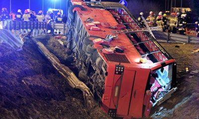Шесть украинцев погибли в ДТП с автобуса в Польше - Фото