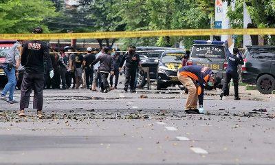 Врезультата взрыва укатолической церкви вИндонезии пострадали 14человек - Фото