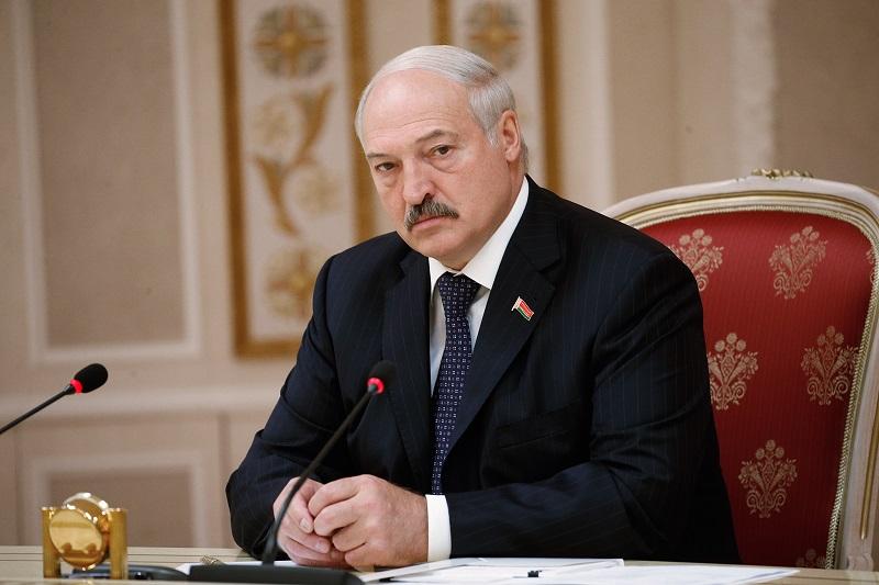 Лукашенко предложил разместить российские самолёты на территории Беларуси - Фото