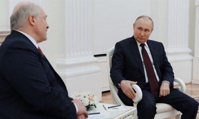 Лукашенко заявил, что не обсуждал создание российских военных баз в Беларуси на переговорах с Путиным - Фото