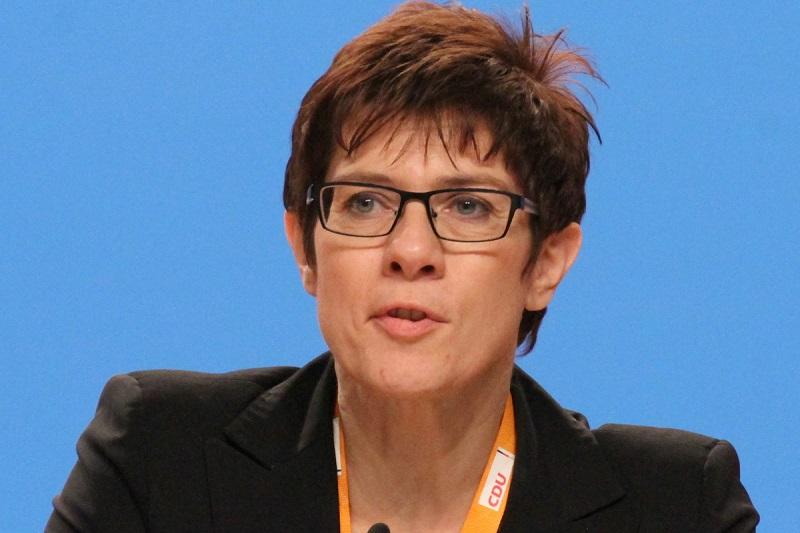 Германия обвинила Россию в провокации на границе с Украиной - Фото