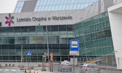 В аэропорту Варшавы из самолета эвакуировали более 100 человек - Фото