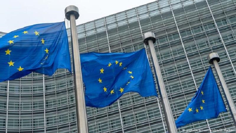 Еврокомиссия предложила странам ЕС открыть границы для привитых иностранцев - Фото