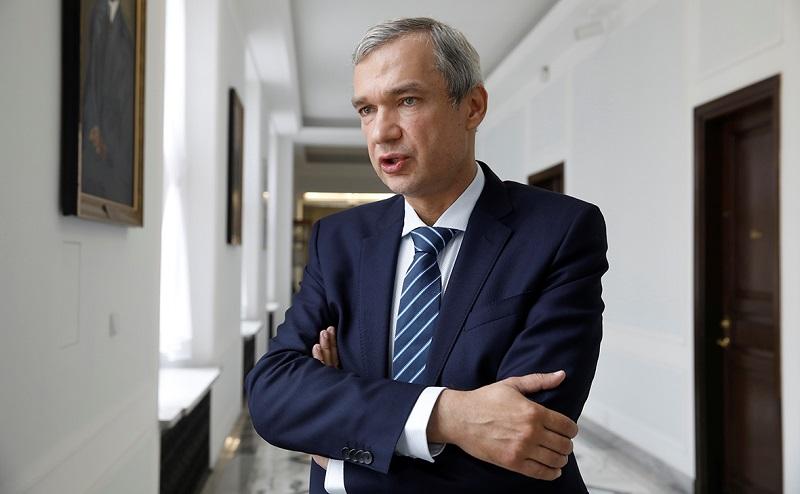 Латушко призывает белорусскую оппозицию выйти на улицы в День Победы