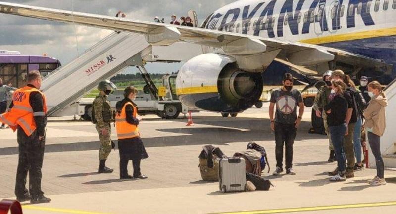В Греции прокомментировали сообщения об угрозе самолету Ryanair - Фото