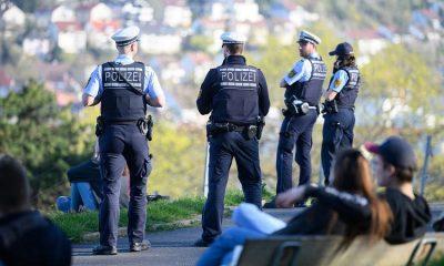 В Штутгарте в стычке с нарушителями пострадали пять полицейских - Фото