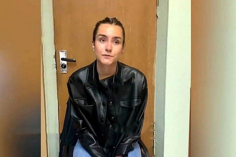Российский консул посетил арестованную в Минске гражданку РФ Софью Сапегу - Фото