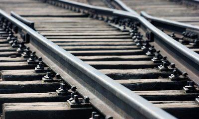 В Китае поезд насмерть сбил 9 железнодорожников - Фото