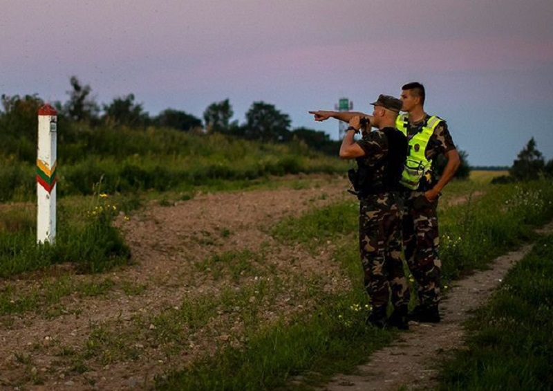Глава МИД Литвы заявил о доказательствах причастности Беларуси к притоку мигрантов - Фото