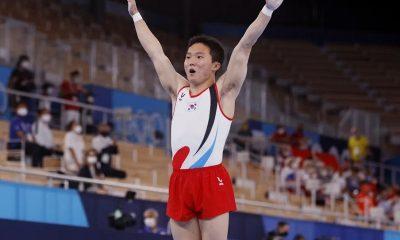 Южнокорейский гимнаст завоевал золото Олимпиады в Токио в опорном прыжке - Фото