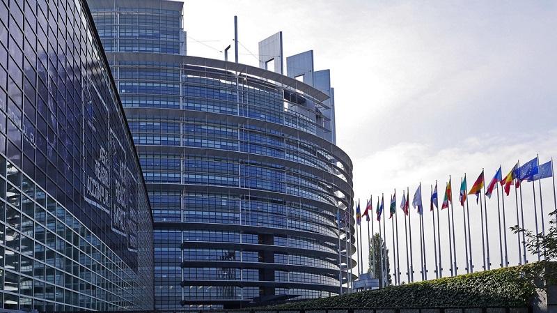 Евросоюз вызвал временного поверенного в делах Беларуси из-за ситуации на границе с Литвой - Фото