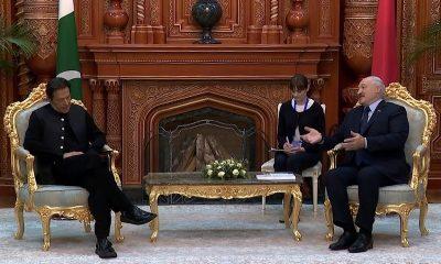 Президент Беларуси Александр Лукашенко провел в Душанбе встречу с премьер-министром Пакистана Имраном Ханом - Фото