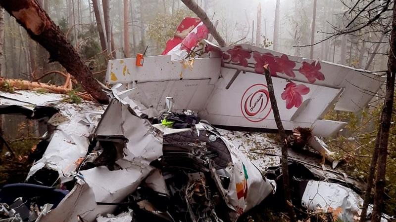 Три человека находятся в реанимации после крушения самолета L-410 в Иркутской области - Фото