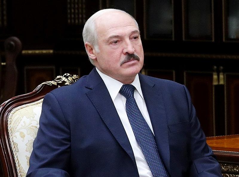 Александр Лукашенко: Беларусь не будет разговаривать с Западом, пока не снимут санкции - Фото